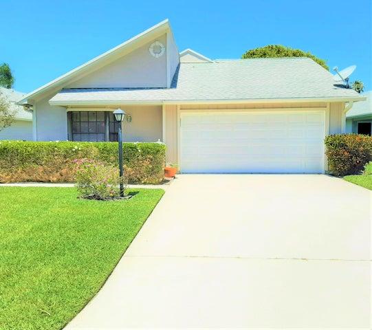 7185 SE Quincy Terrace, Hobe Sound, FL 33455