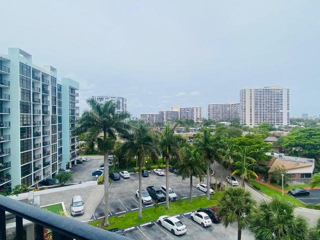 200 Leslie Drive, 705, Hallandale Beach, FL 33009
