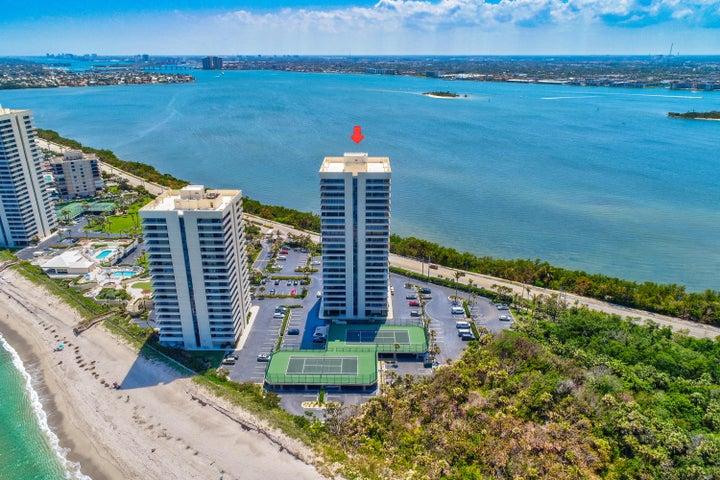 5550 N Ocean Drive, 2 B, Singer Island, FL 33404