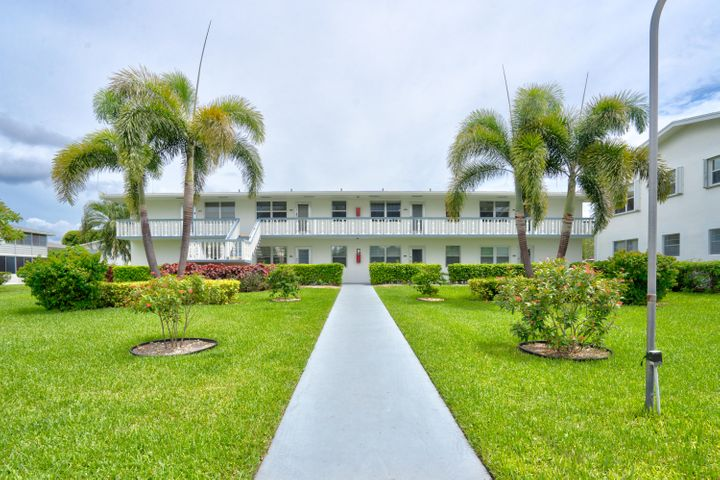 148 Windsor G, West Palm Beach, FL 33417