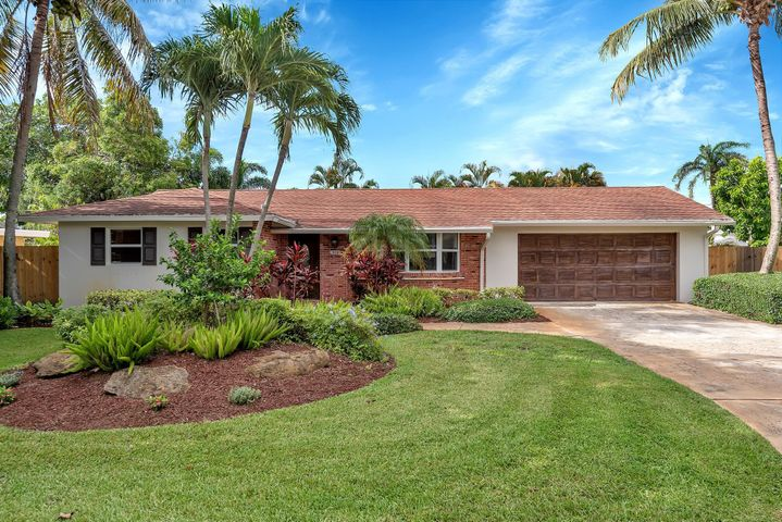 918 SW 27th Terrace, Boynton Beach, FL 33435