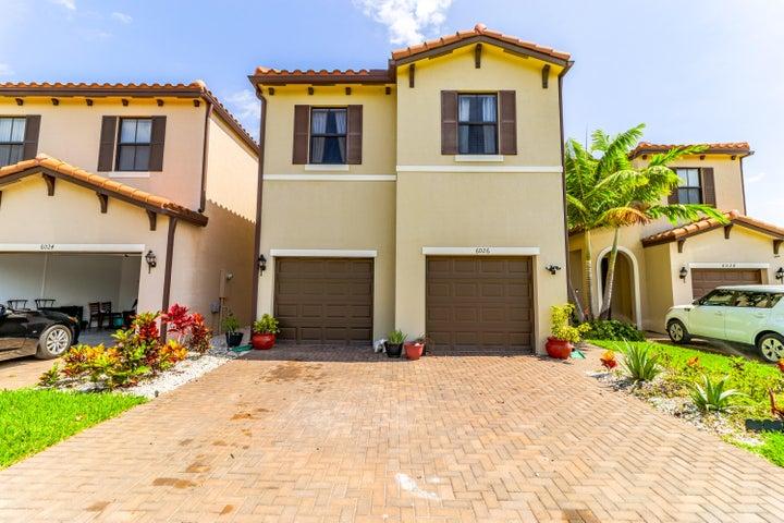 6026 Pine Tree Way, Riviera Beach, FL 33410