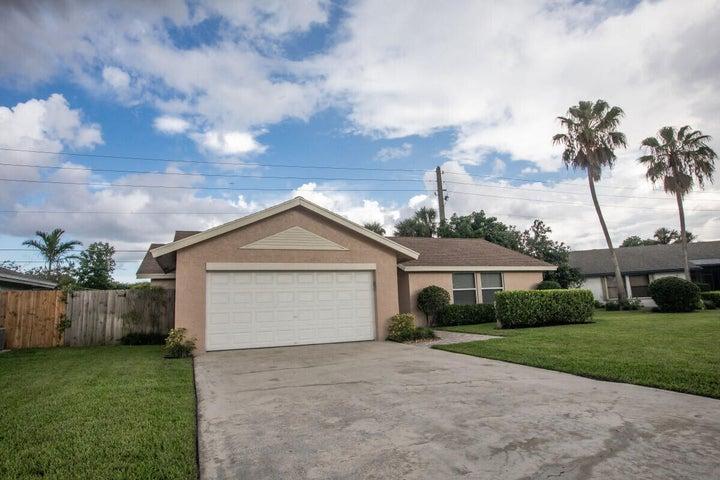9534 Silverspring Lane, Boca Raton, FL 33434