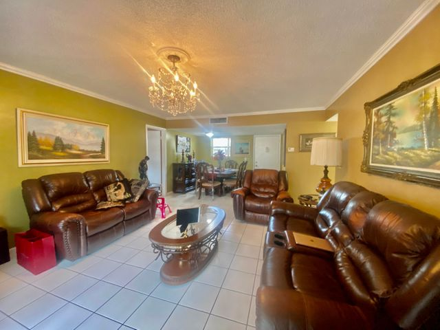 721 Lori Drive, 214, Palm Springs, FL 33461