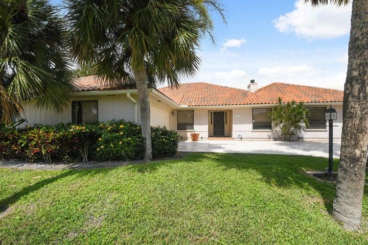 12907 N N. Normandy Way, Palm Beach Gardens, FL 33410
