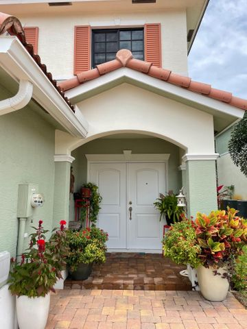 4456 Leo Lane, Palm Beach Gardens, FL 33410