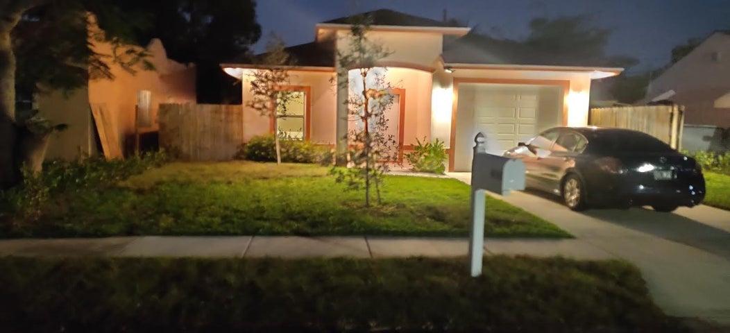 419 Kern Street, West Palm Beach, FL 33405