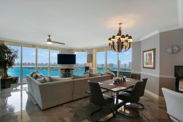 2650 Lake Shore Drive, 2306, Riviera Beach, FL 33404