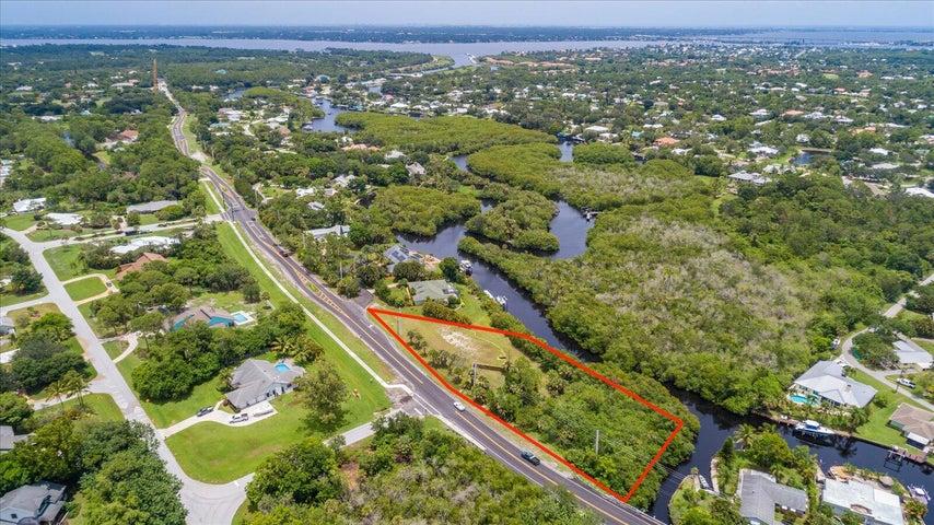 3291 SW Wateredge Way, Palm City, FL 34990