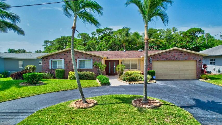 1086 SW 28th Avenue, Boynton Beach, FL 33426