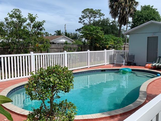 5808 N Lime Road, West Palm Beach, FL 33413