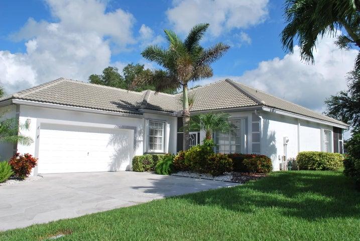 7745 Edinburough Lane, Delray Beach, FL 33446