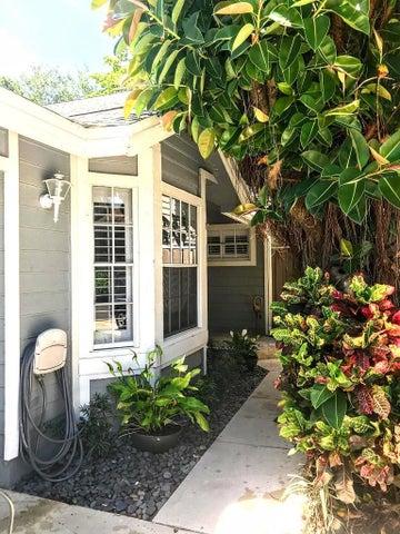 5339 Park Place Circle, Boca Raton, FL 33486