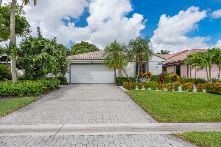 7658 Glendevon Lane, Delray Beach, FL 33446