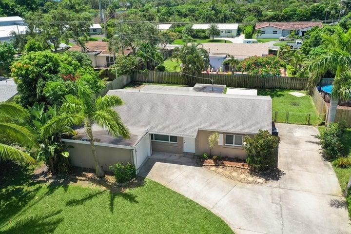 1026 SW 27th Place, Boynton Beach, FL 33426