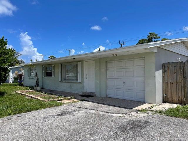 445 Cypress Lane, Palm Springs, FL 33461
