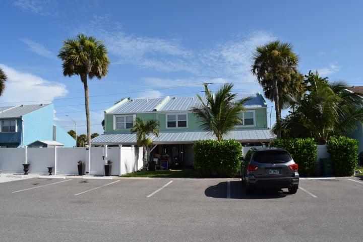 900 Shorewinds Drive, B, Fort Pierce, FL 34949