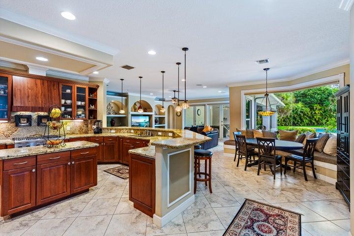 640 Pine Hollow Lane, West Palm Beach, FL 33413