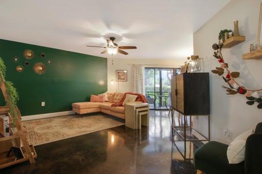 6755 W Broward Boulevard, 108, Plantation, FL 33317