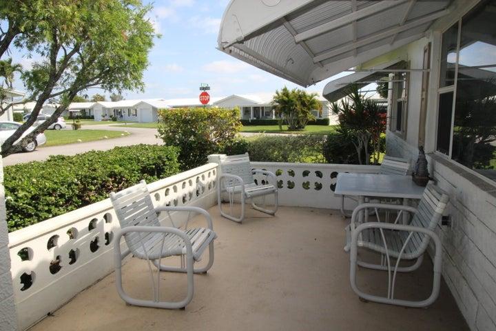 2000 SW 20th Place, Boynton Beach, FL 33426