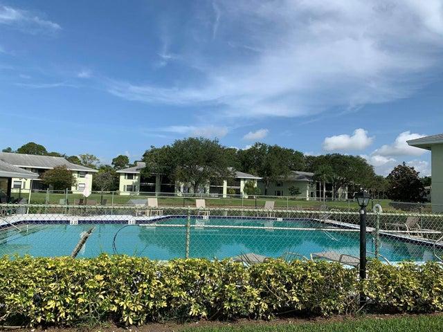1201 Sabal Ridge, F, Palm Beach Gardens, FL 33418