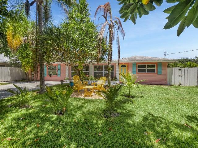 2427 Country Oaks Lane, Palm Beach Gardens, FL 33410