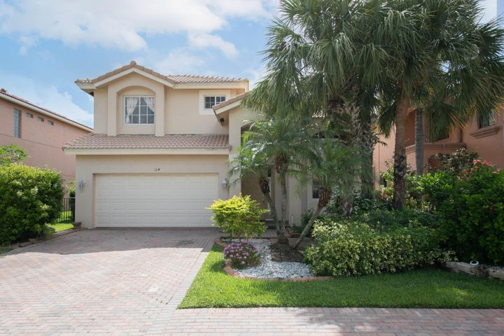 114 Sarona Circle, Royal Palm Beach, FL 33411