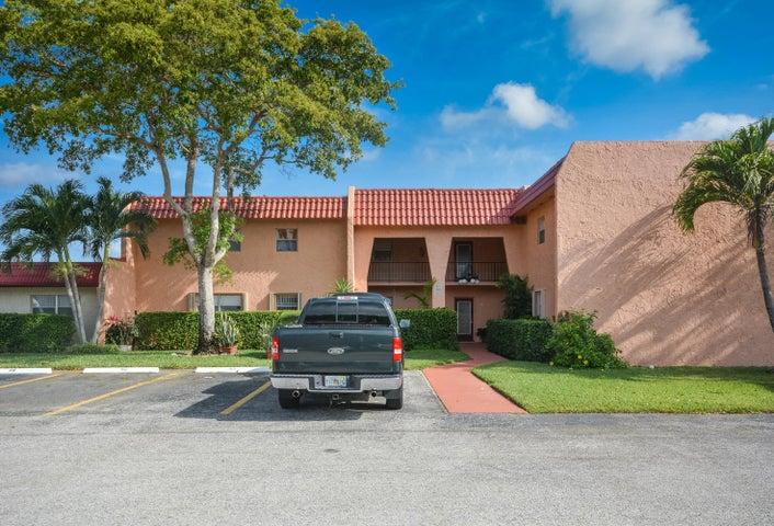 447 Lake Dora Drive, West Palm Beach, FL 33411