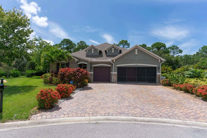 702 SW Goldshine Court, Palm City, FL 34990