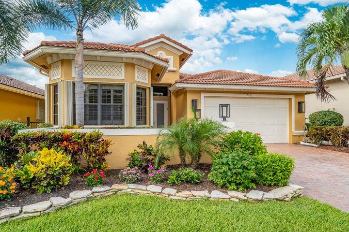 7111 Boscanni Drive, Boynton Beach, FL 33437