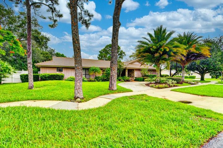 6795 Giralda Circle, Boca Raton, FL 33433
