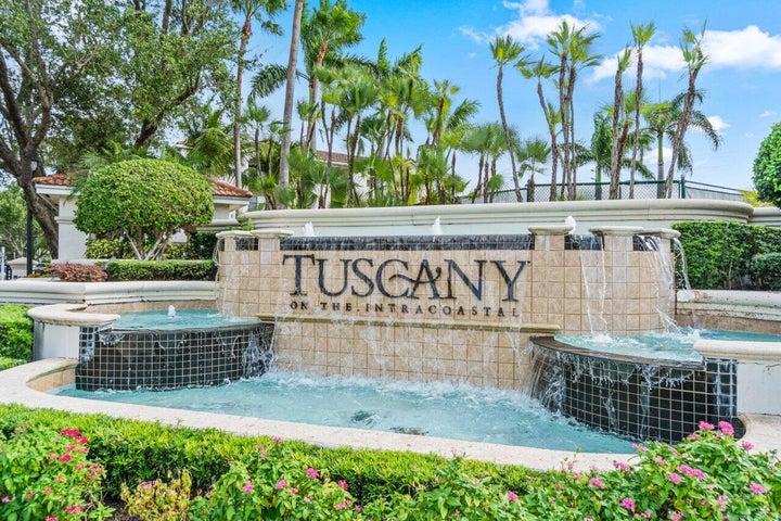 3118 Tuscany Way, Boynton Beach, FL 33435