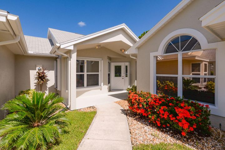 1159 NW Lombardy Drive, Port Saint Lucie, FL 34986
