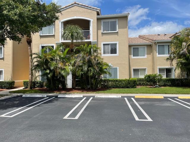 242 Village Boulevard, 2110, Tequesta, FL 33469