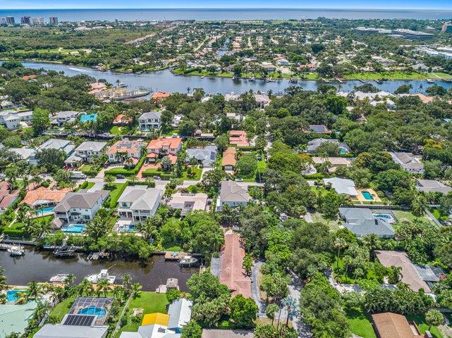 2465 Shore Drive, Palm Beach Gardens, FL 33410