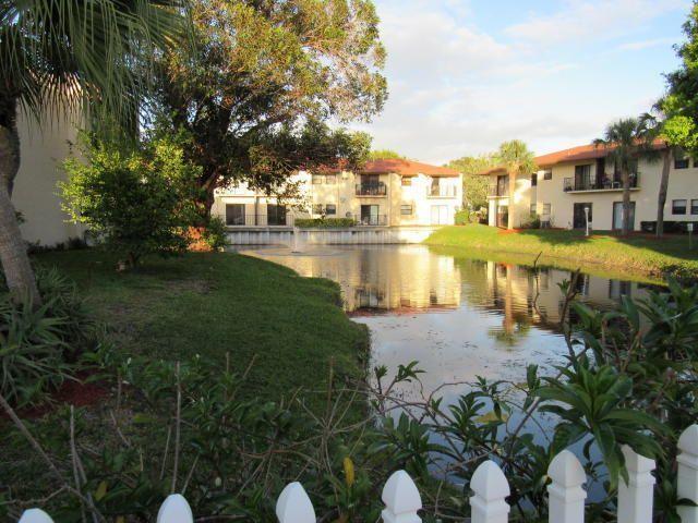 2050 Oleander Boulevard, 5-206, Fort Pierce, FL 34950