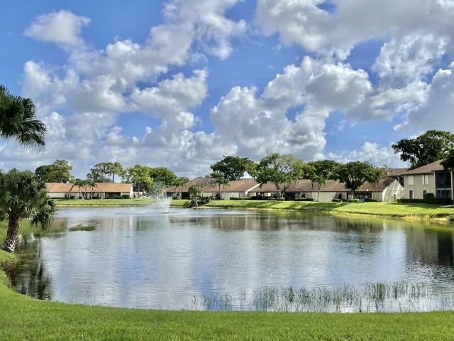 721 Sunny Pine Way, E1, Greenacres, FL 33415