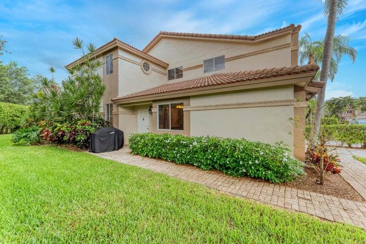 6816 Via Regina, Boca Raton, FL 33433