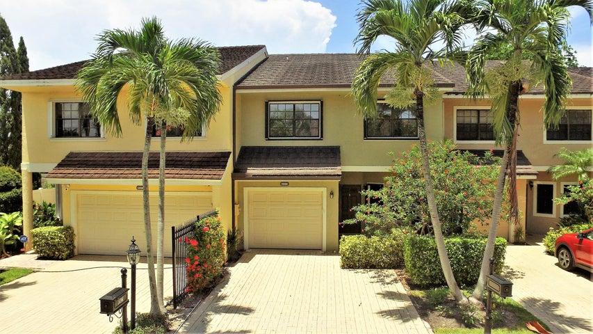 5698 Santiago Circle, Boca Raton, FL 33433