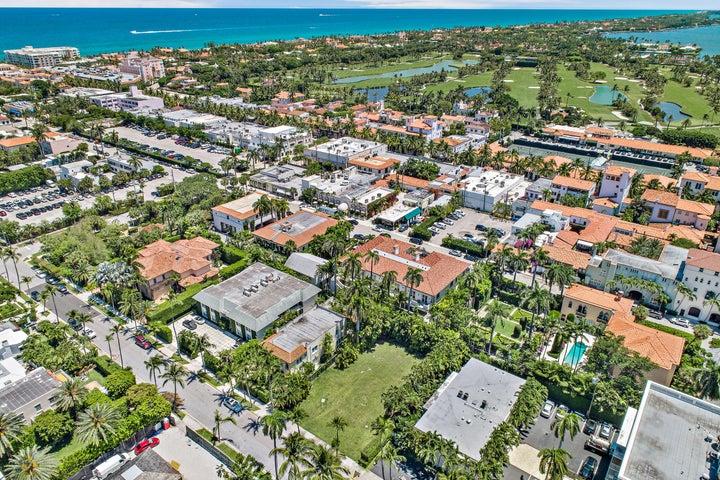 334 Chilean Avenue, Palm Beach, FL 33480