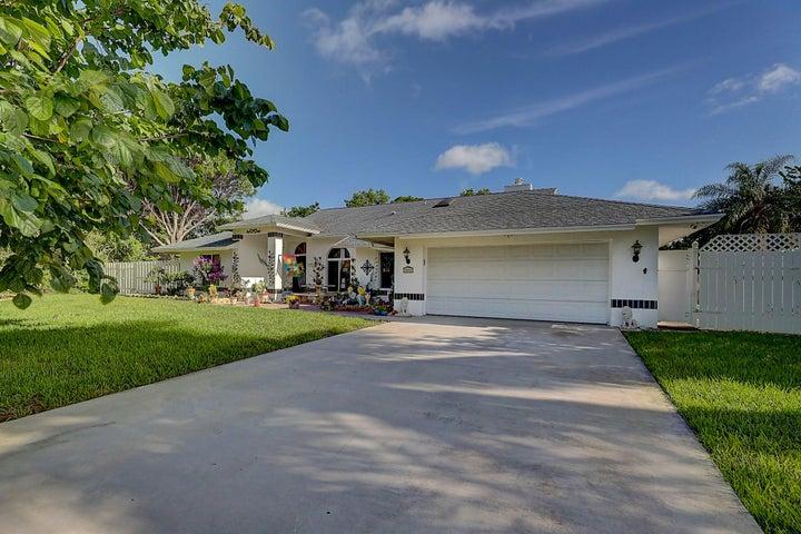 3082 NE Ivy Lane, Jensen Beach, FL 34957