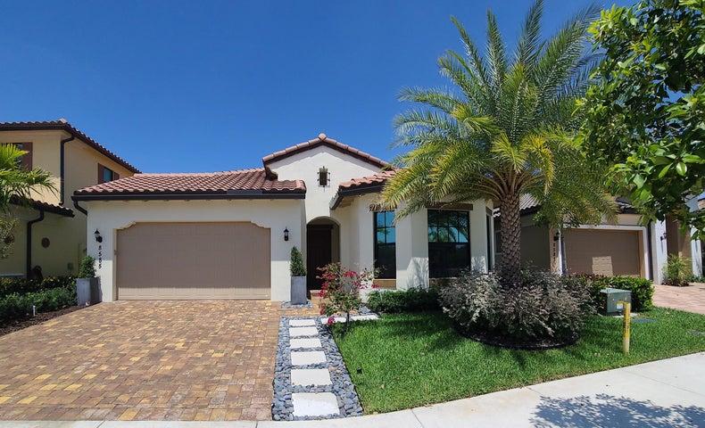 8585 E Baypoint Circle, Parkland, FL 33076