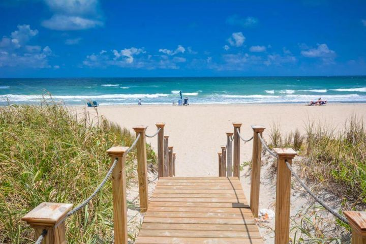 2780 S Ocean Boulevard, 109, Palm Beach, FL 33480