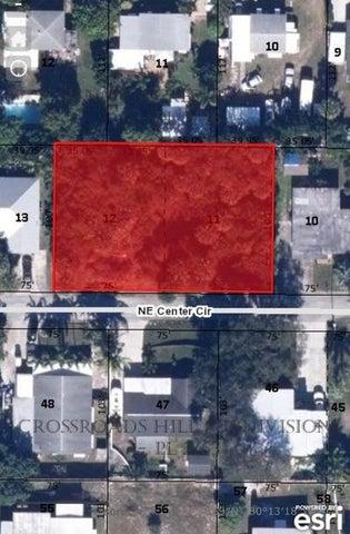 2347 NE Center Circle, Jensen Beach, FL 34957