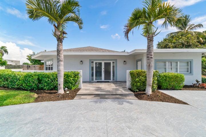 255 SW 14th Place, Boca Raton, FL 33432