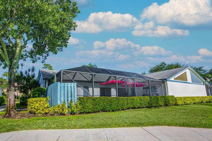 1003 Timberlane Circle, Greenacres, FL 33463