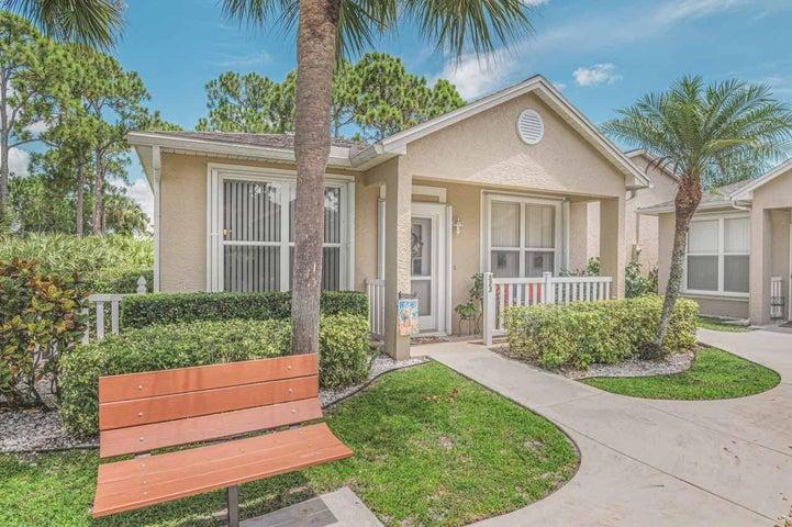 523 NW San Remo Circle, Port Saint Lucie, FL 34986