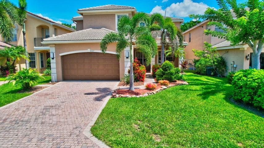 8667 Woodgrove Harbor Lane, Boynton Beach, FL 33473