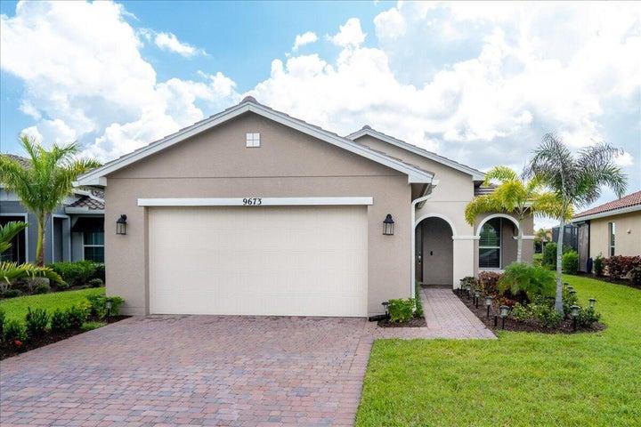 9673 SW Forestwood Avenue, Port Saint Lucie, FL 34987