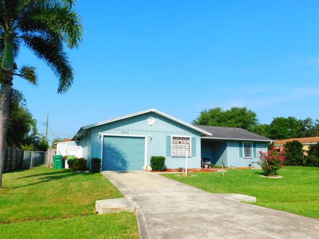 2450 SE Sidonia Street, Port Saint Lucie, FL 34952
